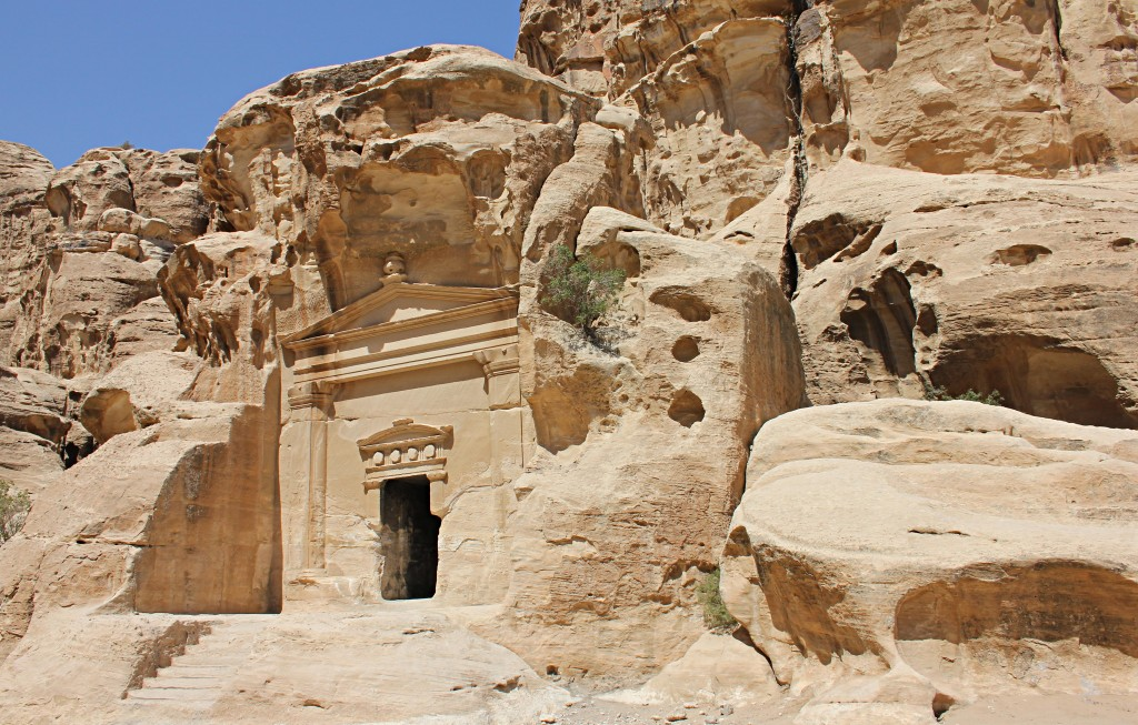 Tomb in Little Petra, cave, rocks, jordan