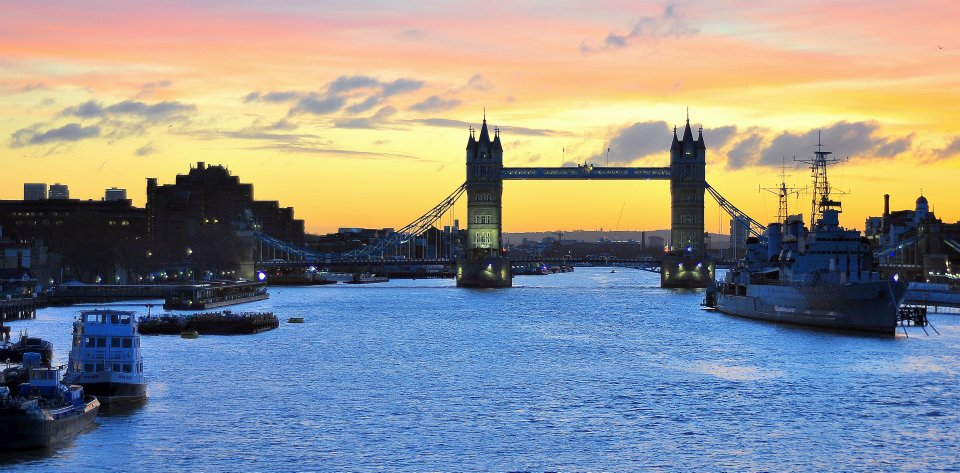 London Bridge, The Thames, Sunset, night. romantic