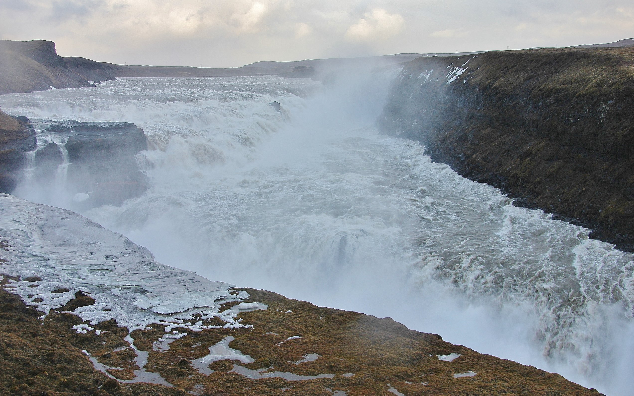 gullfoss_waterfall_iceland_golden_circle