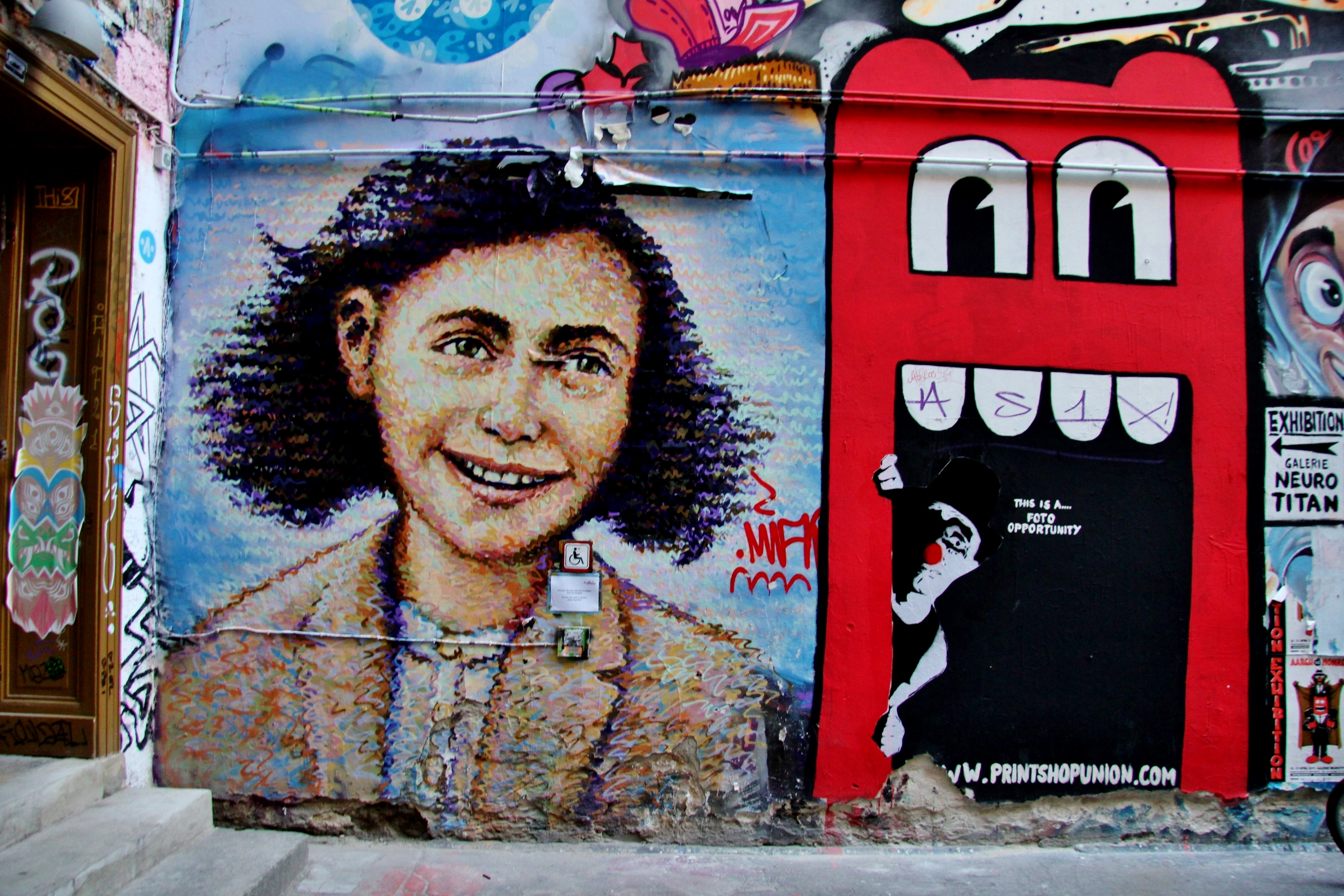 Anne Frank street art in Berlin