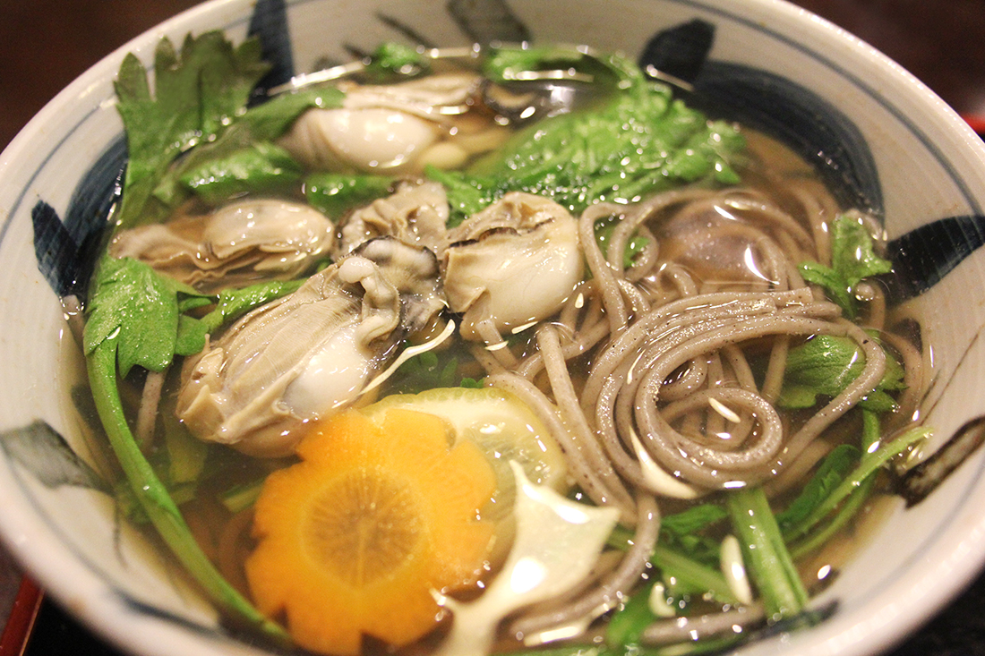 Oysters in noodles - what to eat in Japan