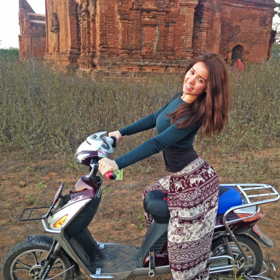 Exploring Bagan by electrical bike