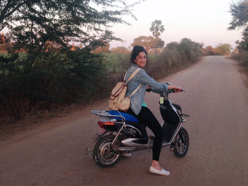 Biking in Bagan - using the electrical bike