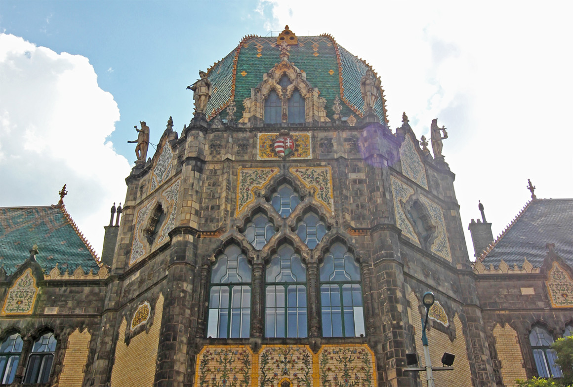 Museum of Applied Arts - Beautiful buildings in Budapest
