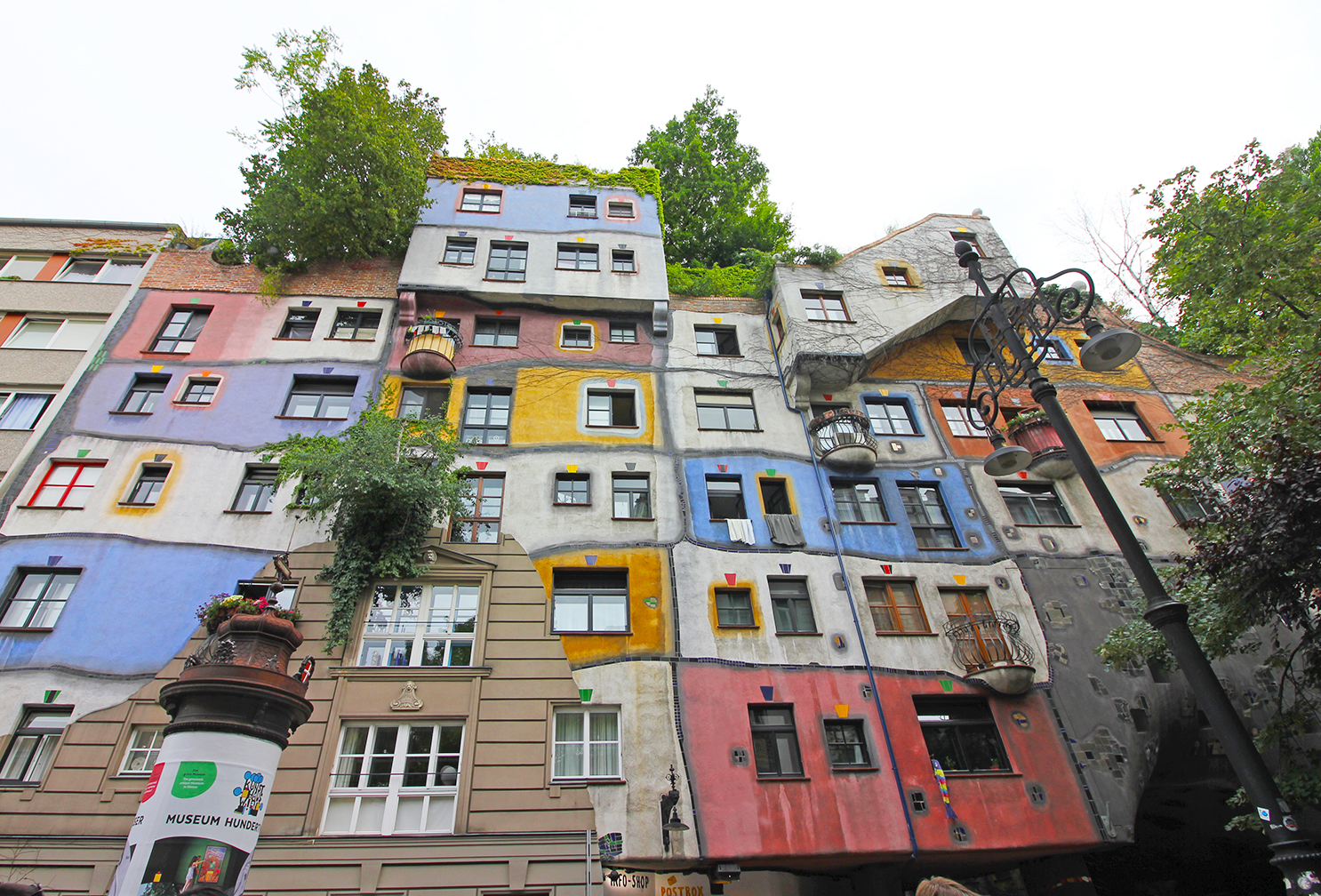 Hundertwasserhaus Vienna S Colourful Amp Quirky Housing Complex The Culture Map