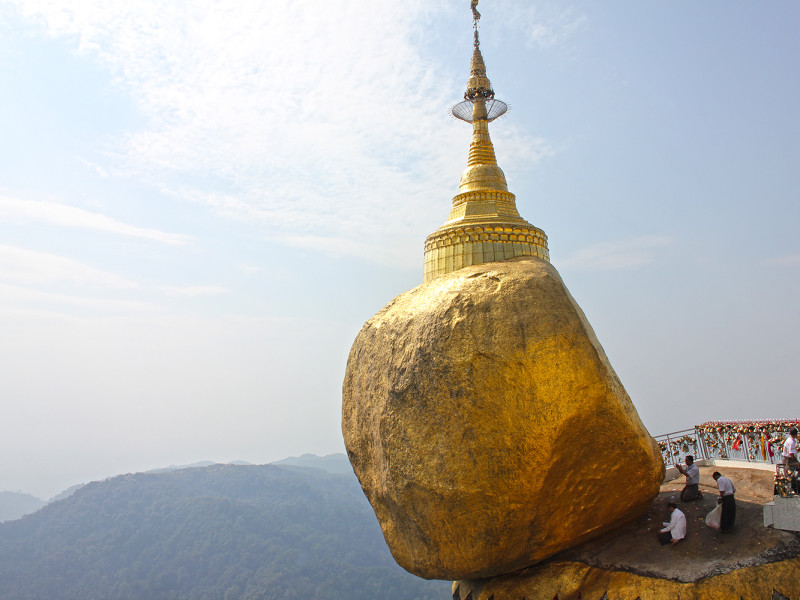 Golden Rock Pagoda in Myanmar - travel guide
