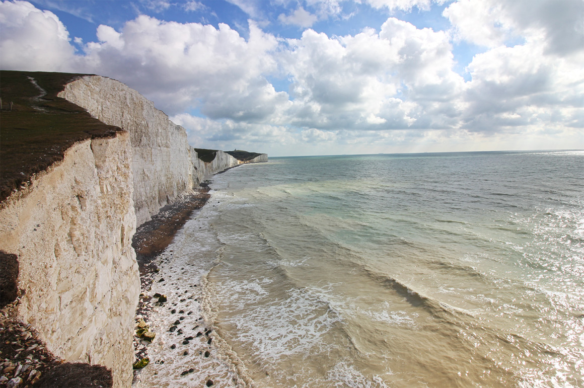 Hiking the white cliffs of the Seven Sisters