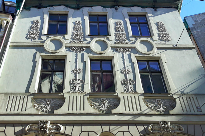 Discover art Nouveau buildings in Riga