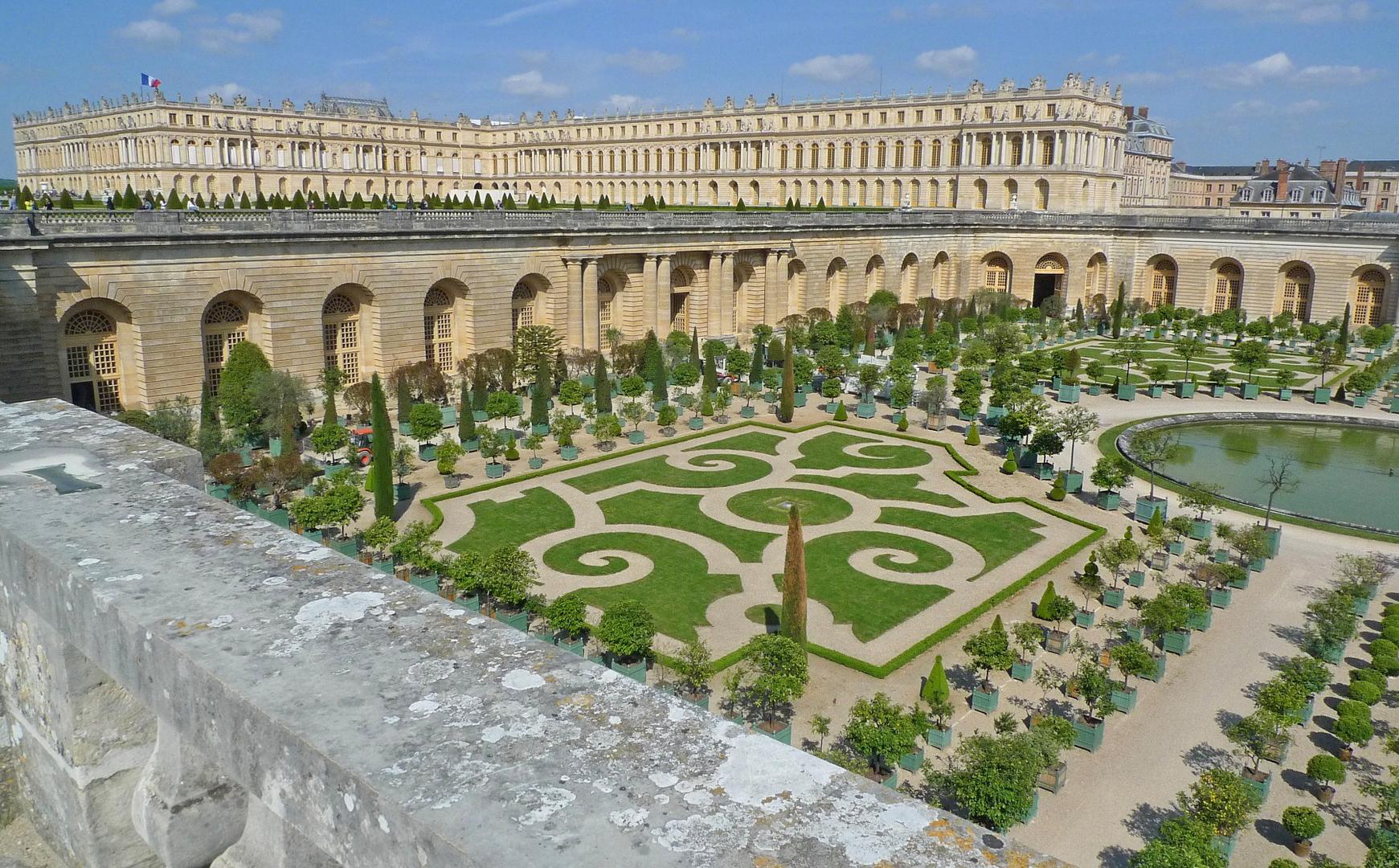Gardens Palace Of Versailles Exterior 2